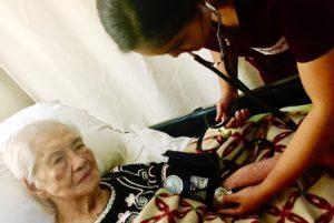 pic-gela-grandmother